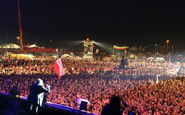 800px-2011-08_Woodstock_59[1]